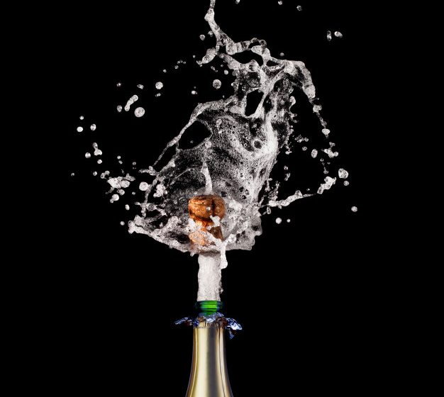 SCURTA ISTORIE A CONSUMULUI DE DROGURI SI ALCOOL IN 12 RANDURI